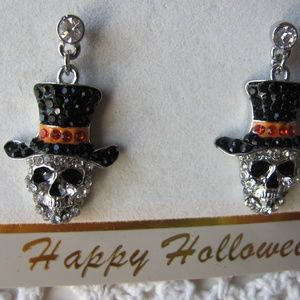 Hanging Skull Earrings With Bling  Brand New  Just